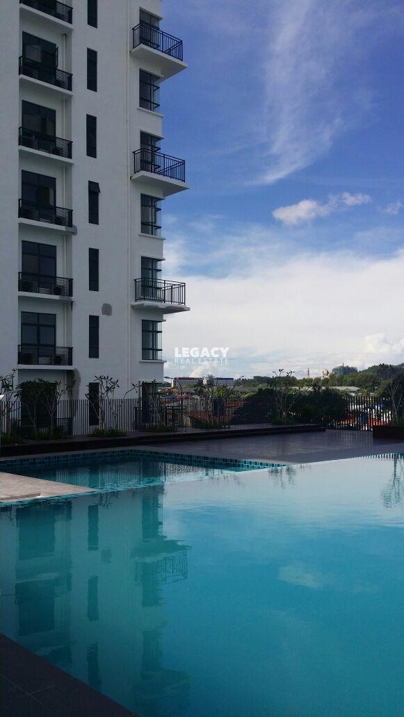Suritz Condominium | 16th Floor