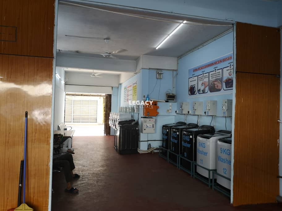Inanam Commercial Centre   3 Storey Shoplot   Rent Available