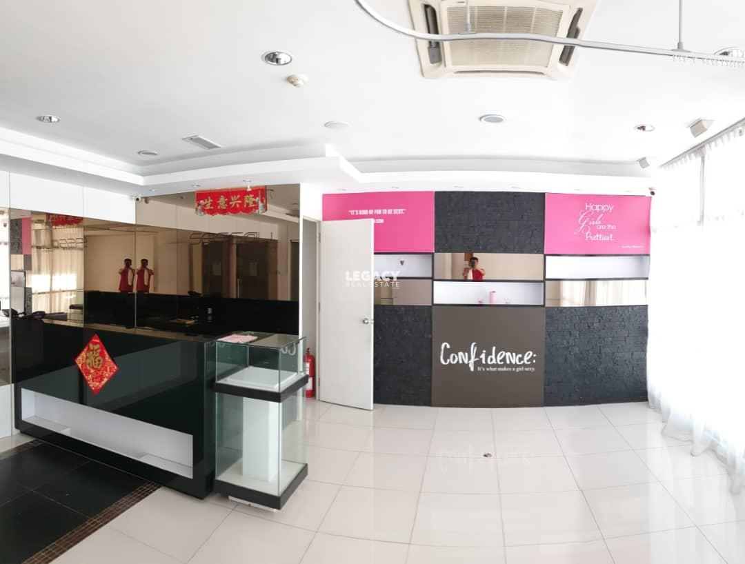 KK Times Square | Office | 1st Floor | Fully Furnished